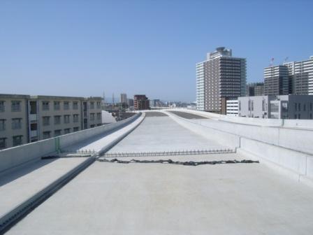 国道3号水谷高架橋床版工事