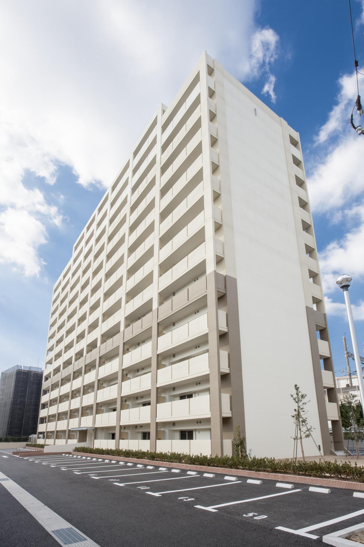 01公営住宅(六高住宅)_外観東面